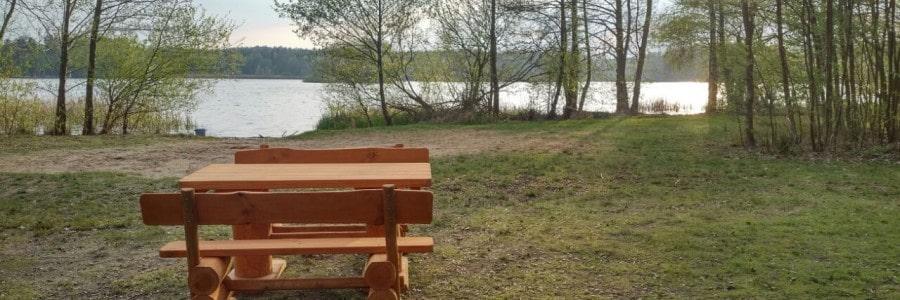Sitzhütten und Tischgartnituren