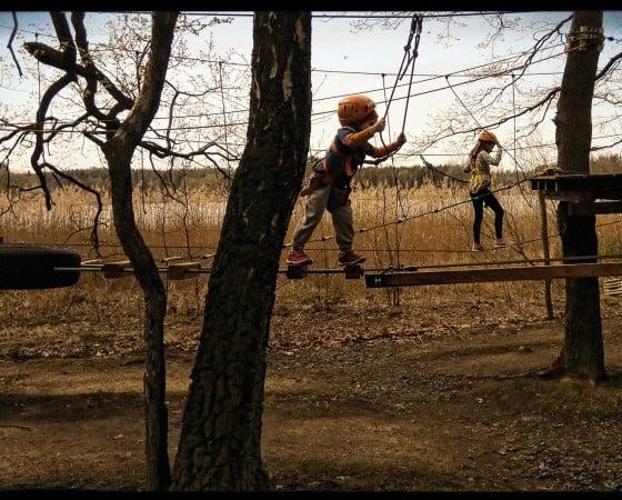 Klettern für Kinder: Die ersten Klettererfahrungen sammeln